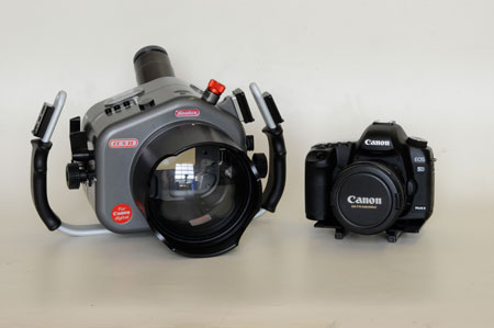 Sealux CC7 underwater housing for Canon 7D